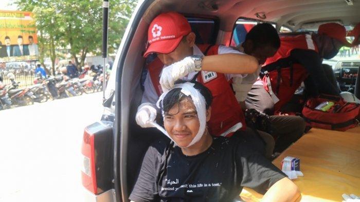 Aksi Tolak RUU KPK di Depan DPRD Kaltim Berakhir Ricuh, Mahasiswa dan Polisi Jalani Perawatan