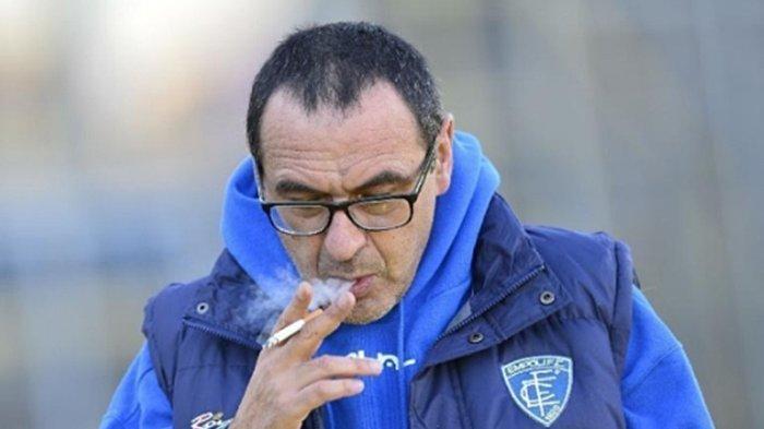 Update Liga Italia - Unik Cara Lazio Umumkan Maurizio Sarri Sebagai Pelatih, Ada Rokok Hingga Bank