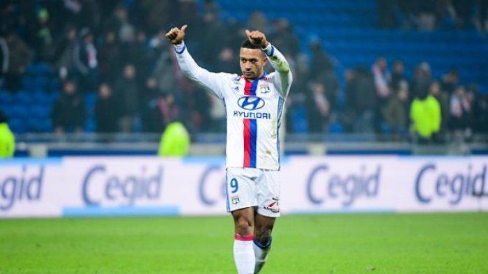 Kejutan Bursa Transfer, Motif Terselubung, Lyon Mau Berikan Depay ke AC Milan, Barcelona Gigit Jari