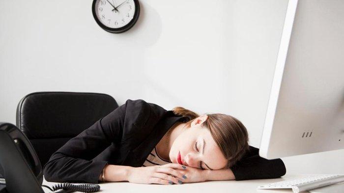 Ini 5 Hal yang Menyebabkan Mengantuk Setelah Sarapan Pagi, Salah Satunya Makan Terlalu Banyak