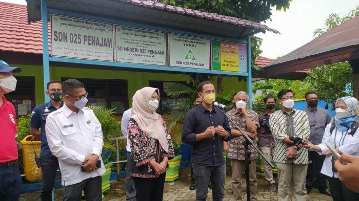 Tinjau Vaksinasi di PPU, Mendikbud Nadiem Makarim Salut Guru Sudah Divaksin Covid-19