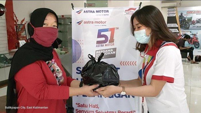 Rayakan Hari Pelanggan Nasional, Astra Motor Kaltim 1 Berikan Diskon Servis hingga Bagikan Coklat