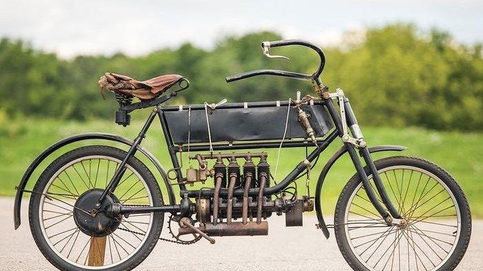 Inilah Wujud dari FN Four, Motor Bermesin Empat Silinder Pertama di Dunia