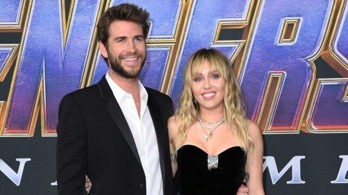 Miley Cyrus dan Sang Suami Liam Hemsworth Tampil Menawan saat Hadiri Premiere Film Avengers: Endgame