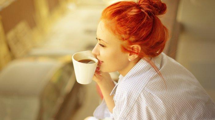 Tak Bisa Lepas dari Secangkir Kopi di Pagi Hari? Lakukan Hal Ini agar Efek Kafein tak Merusak Tubuh
