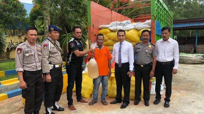Dit Polairud Polda Kaltim Gagalkan Penyelundupan 7 Ton Miras Cap Tikus di Pelabuhan Feri Samarinda