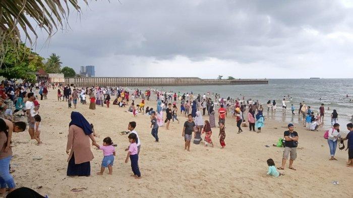 Libur Tahun Baru 2020, Tempat Wisata Pantai Jadi Favorit, Wisatawan Serbu Pantai Monpera Balikpapan - monpera-1-0101.jpg