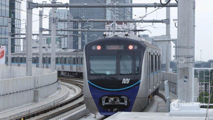 Setelah Jam Operasional Dikembalikan, MRT Kini Tampak Sepi Dibanding Biasanya
