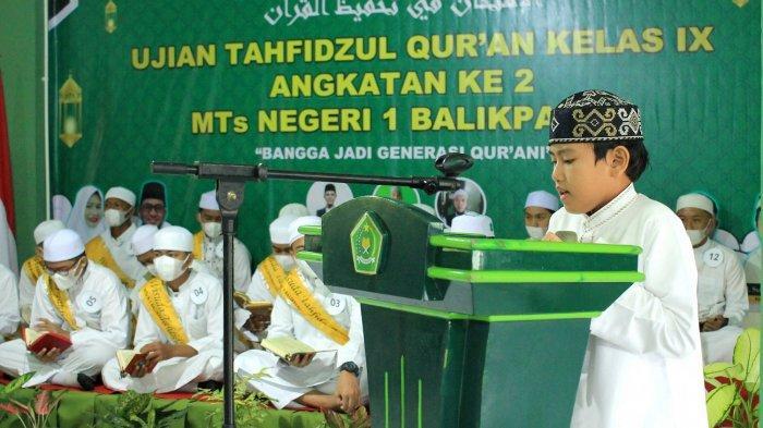 Madrasah Tsanawiyah Negeri (MTs N) 1 Balikpapan tahun ini tetap melaksanakan ujian tahfidz angkatan kedua secara tatap muka pada Kamis (8/4)