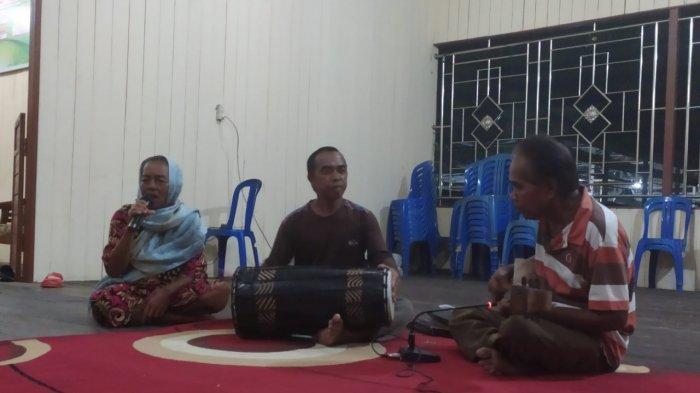 Gambus Musik Tradisional Penghibur Tamu, Anggota Grup Ini Sudah Lansia, Kesulitan Regenerasi
