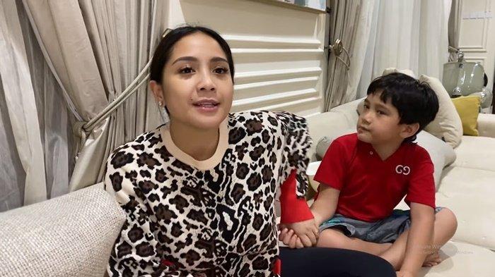 Nagita Slavina dan Rafathar Komentari Kekalahan RANS Cilegon, Minta Raffi Ahmad Beli Pemain Baru