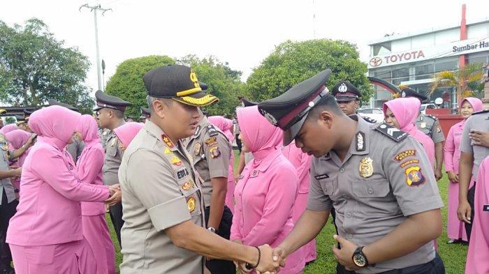 Ungkap Pelaku Karhutla dan Penimbun BBM Ilegal 22 Personel Polres Berau Terima Penghargaan