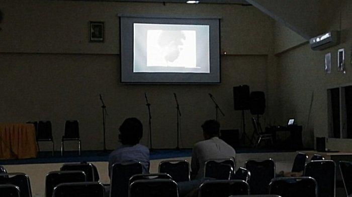 Nobar Film Pengkhianatan G30S/PKI di Kampus, Wah Penontonnya Kok pada Bubar Duluan Ya?