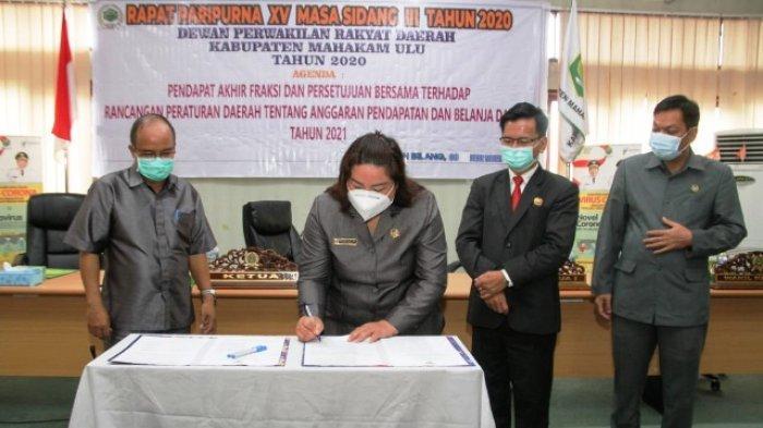 Pemkab dan DPRD Mahulu Setujui Rapenda APBD 2021