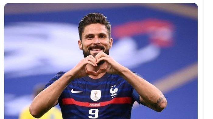 AC Milan Gigit Jari, Striker Timnas Prancis Batal jadi Rekan Duet Ibrahimovic