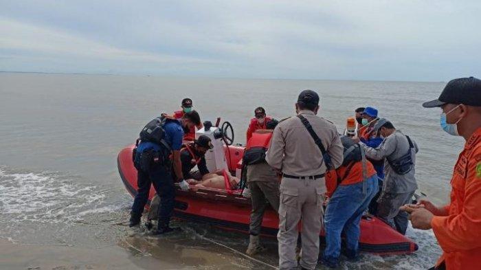 Simulasi Penyelamatan Korban Kapal Terbakar Menutup Rangkaian Kegiatan Latsarda di Tarakan
