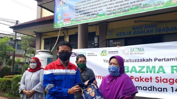 Sambut Ramadhan 2021, Bazma Pertamina RU V Tebar Sembako Dukung Siaga Pangan