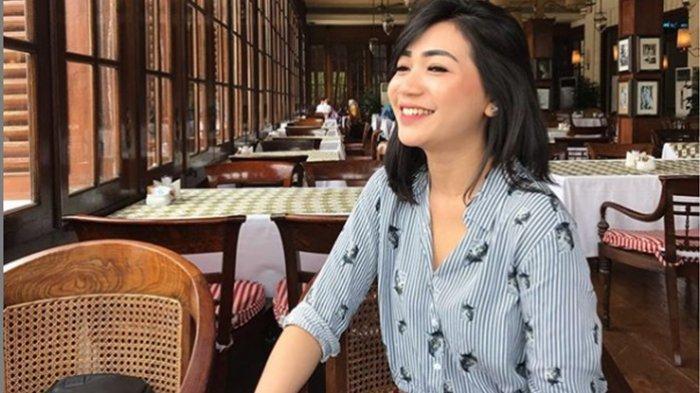 Pamit dari Garuda Indonesia, Curhat Cyndyana Lorens, Adik Kris Hatta : Tangisan Pecah, Berkali-kali