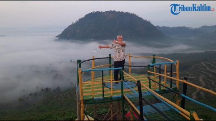 Gubernur Kaltim Isran Noor Nikmati Panorama Gunung Embun Paser Jumat Pagi, Abadikan Momen Kunjungan