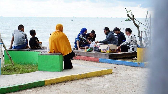 Wisata di Balikpapan, Pantai Manggar Dibuka, Selama Pandemi Corona, Pengunjung Dibatasi 50 Persen