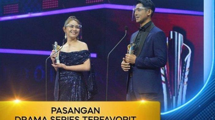 Amanda Manopo dan Arya Saloka menang sebagai Pasanga Terfavorit di ajang Indonesia Drama Series Awards 2021. Keluarga besar Ikatan Cinta juga memborong nominasi yang ada.