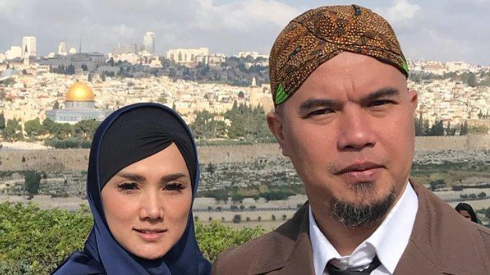 pasangan-selebriti-ahmad-dhani-dan-mulan-jameela-dikabarkan-terpilih-sebagai-anggota-dewan.jpg