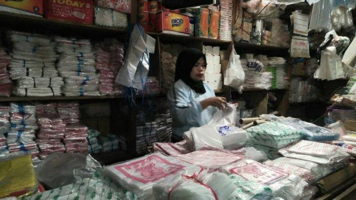 Pedagang Pasar Taman Citra Loktuan Bontang Menolak Direlokasi ke Gedung Pasar Baru