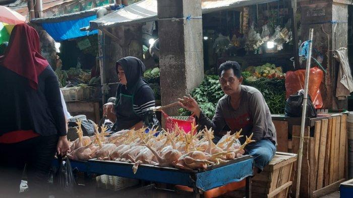 Di Samarinda, Sistem Penjualan Ayam Per Kilogram Belum Efektif Diterapkan, Ini Kata Pedagang