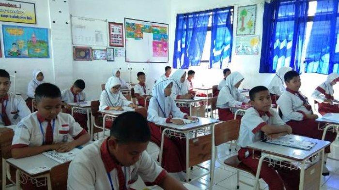 Di Tengah Pandemi Covid-19, Pelajar SD dan SMP di Kutim Berhasil  Lulus 100 Persen
