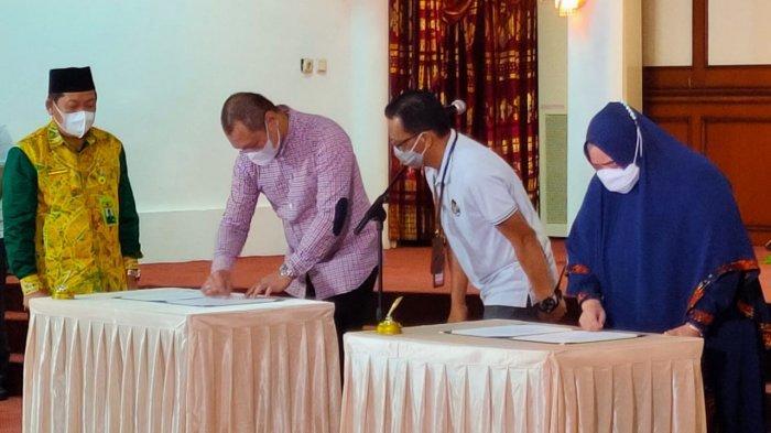 Sebelum Pelantikan, Bupati dan Wabup Paser Terpilih Fahmi-Masitah Assegaf Antusias Gladi Bersih