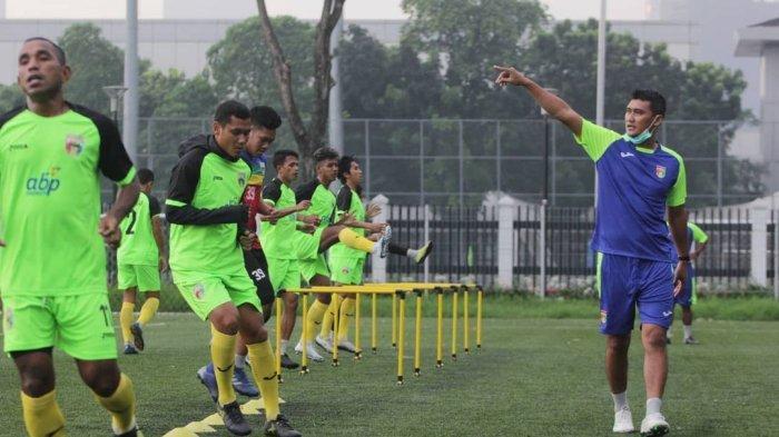 Hadapi Sulut United, Pelatih Mitra Kukar Siapkan Pemain Pengganti bagi Anak Asuhnya yang Cedera