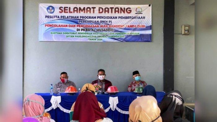 Walikota Tarakan Buka Pelatihan Pengolahan Bandeng Tanpa Duri