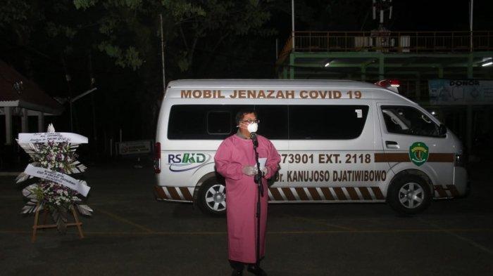 BERITA FOTO Kabar Duka Meninggal Akibat Covid-19, Jenazah Dokter Jailani Dilepas Walikota Balikpapan