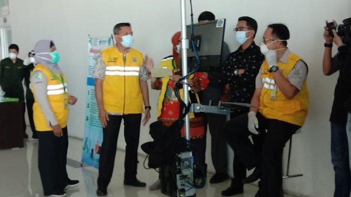 Waspada Virus Corona, 144 Penumpang dari Singapura Diperiksa di Bandara SAMS Sepinggan Balikpapan