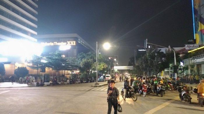 Anies Baswedan akan Persempit Jalan Ini Demi PKL dan Parkir, Ketua DPRD DKI Jakarta: Era Ahok Ditata