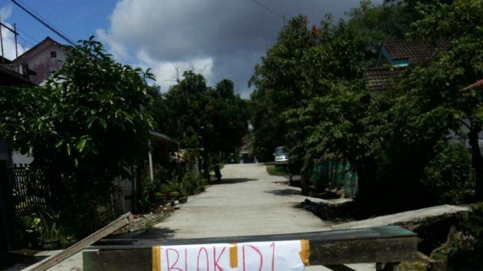 Cegah Virus Corona, Warga Blok D1 Jalan Jakarta Samarinda Lakukan Pembatasan Arus Keluar Masuk