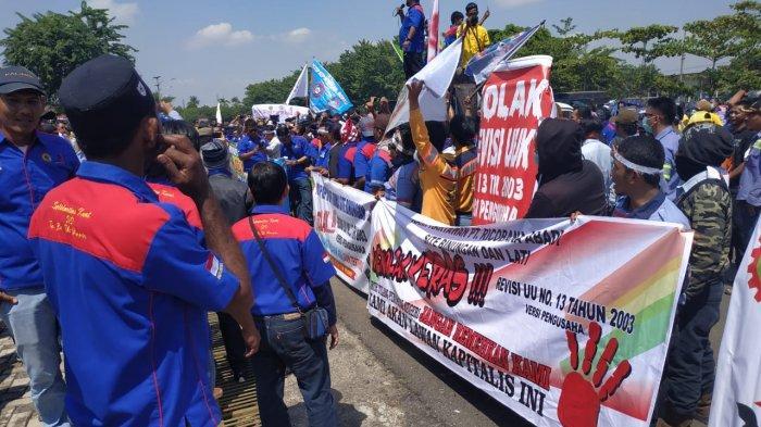 Khawatir Kehilangan Pesangon, Buruh Desak Pemkab dan DPRD Berau Tolak Revisi UU Tenaga Kerja