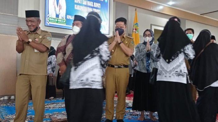 Gelar Halal Bihalal, Bupati KTT Ibrahim Ali Sampaikan Ini ke Guru