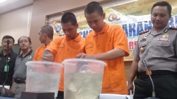Remaja 17 Tahun Asal Tarakan Diupah Rp 70 Juta Edarkan Sabu dari Malaysia ke Balikpapan & Samarinda