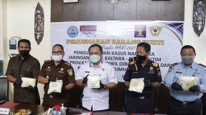 BNNP Kaltim Musnahkan 5,28 Kg Sabu, Barang Bukti Diblender