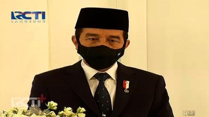 Penampilan Presiden Joko Widodo (Jokowi) dalam acara akad nikah Atta Halilintar dan Aurel Hermansyah