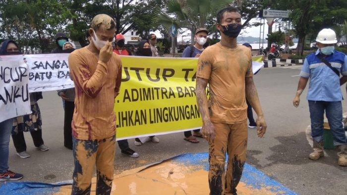 Warga Sanga-sanga Kukar Menuntut Pemerintah Hentikan Aktifitas Tambang
