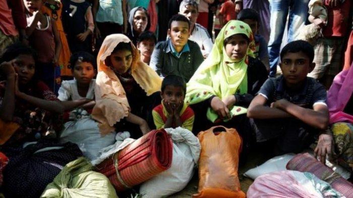 Pengungsi Muslim Rohingya asal Myanmar Tinggal Berjejalan di Kamp Banglades