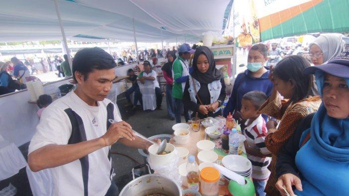 Cukup Bayar Rp 10 Ribu, Bisa Nikmati Semangkok Mie Ayam dan Kue di Festival Mie dan Wadai Samarinda