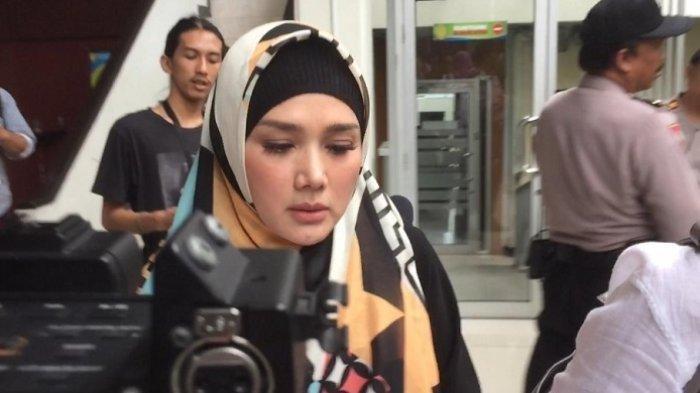 Mulan Jameela Ditetapkan Jadi Anggota DPR, Raihan Suara 2 Caleg yang Digantikan Tak Sembarangan
