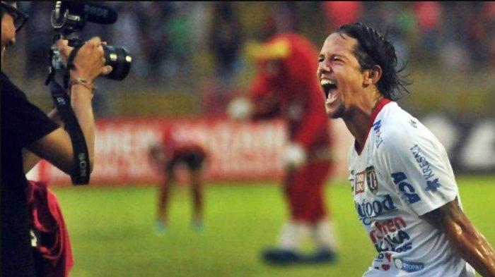 Resmi Pamit Tinggalkan Bali United, Irfan Bachdim Menuju Persib Bandung?