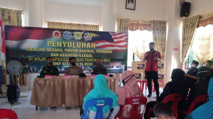 Penyuluhan tentang bahaya penyalahgunaan narkoba, paham radikal dan pentingnya pemahaman ideologi Pancasila oleh Tim Satgas Perbatasan, Bea Cukai dan BNN Kabupaten Nunukan.