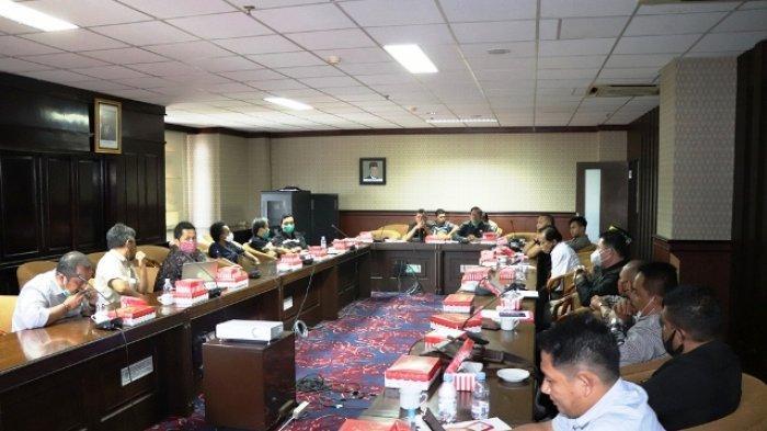 Komisi I DPRD Kaltim Terima Pengaduan Peradi Soal Dugaan Pembuangan Limbah B3 di Kukar
