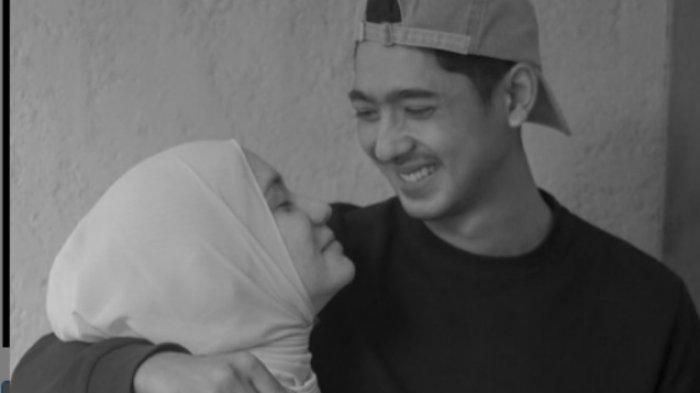Perilaku Arya Saloka saat Pulang ke Rumah Terekam Kamera, Sikap Suami Putri Anne Jadi Perhatian