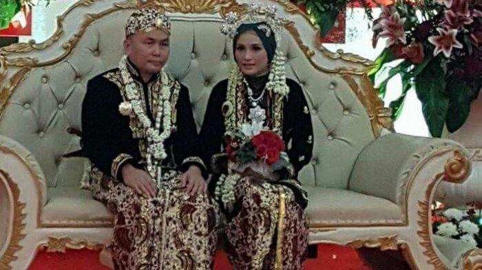 Kemarin Nikah,  Tak Bulan Madu, Istri Cantik Gubernur di Kalimantan Ini Langsung Ditinggal Kerja